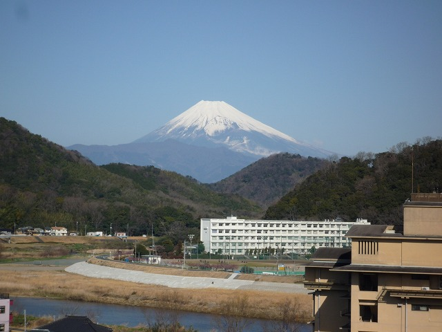 P1040005 富士山.jpg